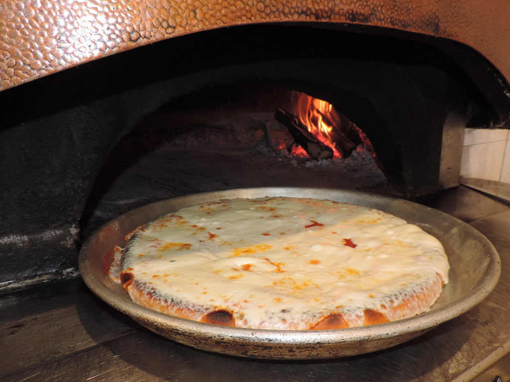 Pizza-al-trancio-pizzart_Da-Gimmy-Milano_www.italyengine.it (17)